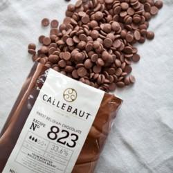 Ciocolata Callebaut 823 1kg...